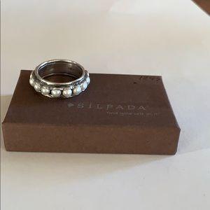 R2209 retired Silpada pearl ring